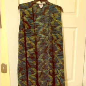 LuLaRoe Joy worn once. Excellent condition
